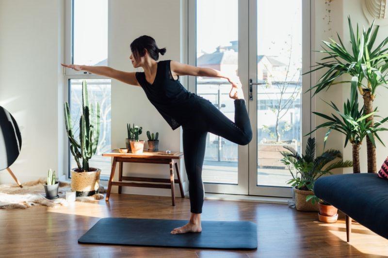 Yoga-Liệu pháp hữu hiệu làm dịu những cơn đau nửa đầu