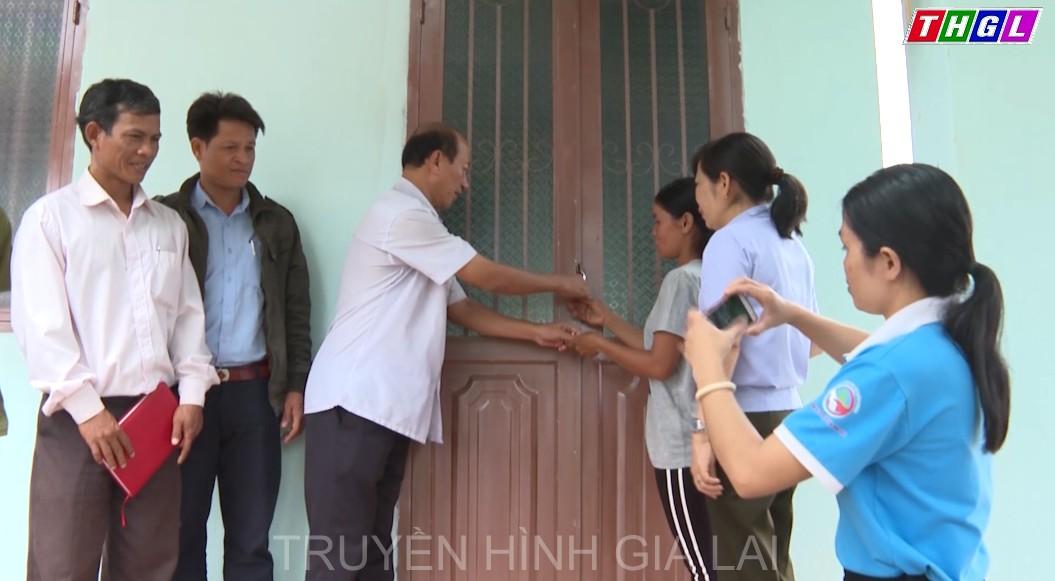 """Chư Păh bàn giao nhà """"Đại đoàn kết"""" cho hộ nghèo tại xã Ia Kreng"""