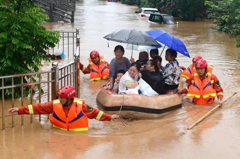 Chuyên gia Trung Quốc giải mã mưa lũ nghiêm trọng ở nước này