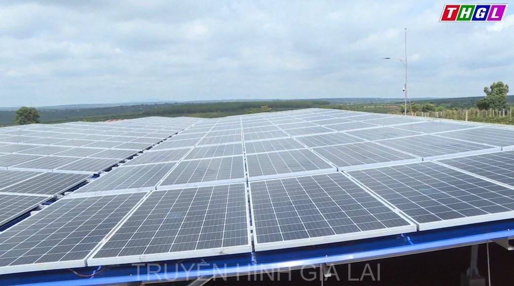 Gia Lai – Số doanh nghiệp thành lập mới để đầu tư về năng lượng mặt trời áp mái nhà và chăn nuôi chiếm hơn 50% số DN thành lập mới của tỉnh