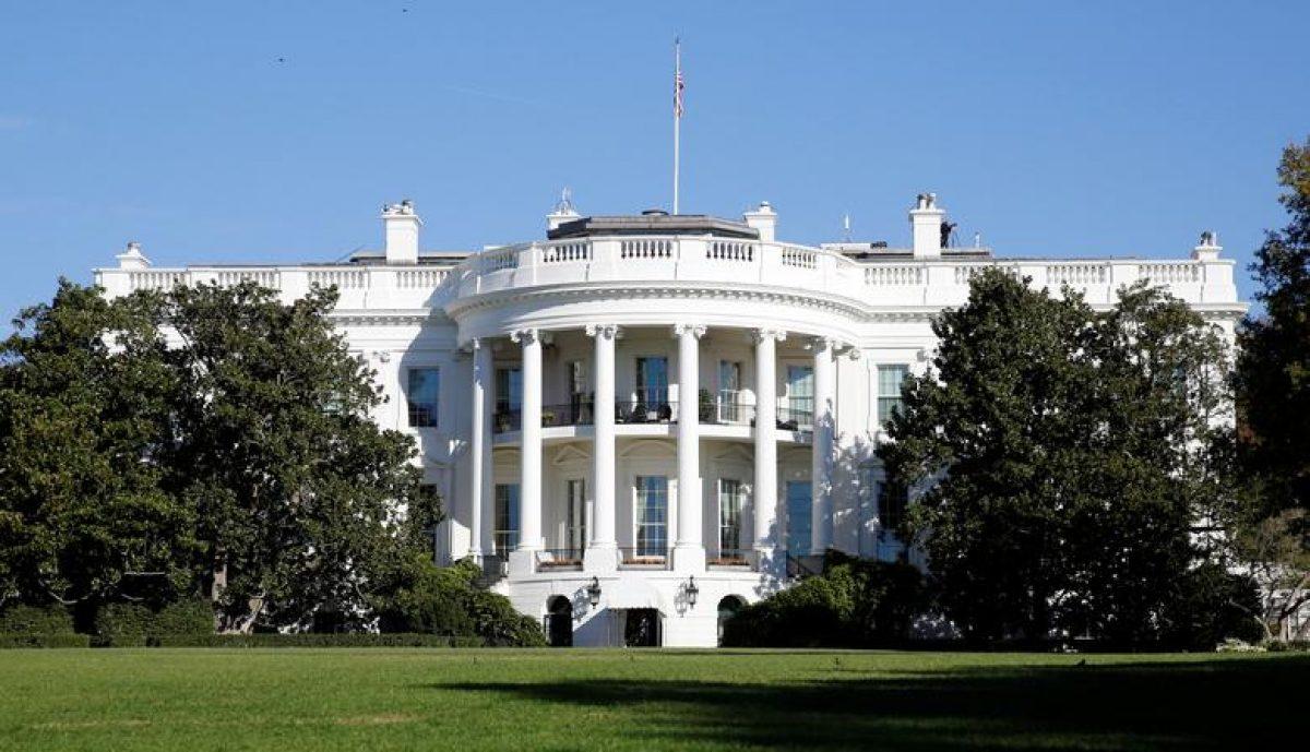 """3 tuần trước bầu cử Mỹ: Đường đua vào Nhà Trắng ngày càng """"gay cấn"""" hơn"""