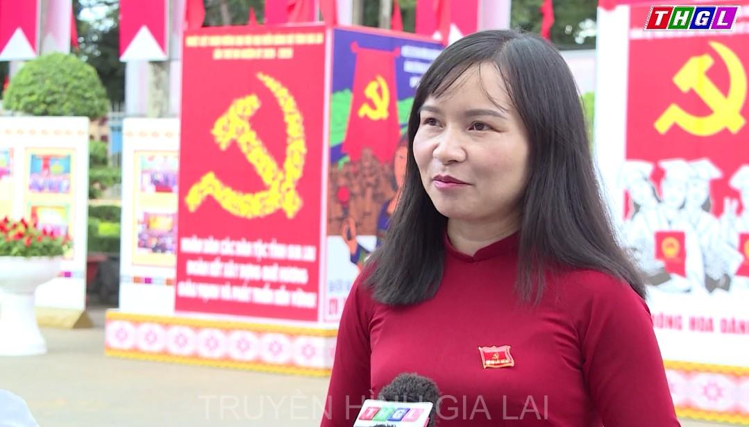 Các đại biểu phấn khởi trước thành công của Đại hội đại biểu Đảng bộ tỉnh lần thứ XVI