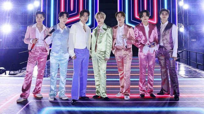 BTS – Nhóm nhạc K-Pop đầu tiên được đề cử tại Grammy
