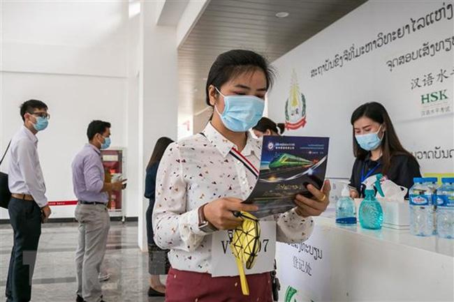 Lào tiếp tục tăng cường giám sát người nhập cảnh
