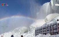 Đường băng trên sông băng tại Mỹ