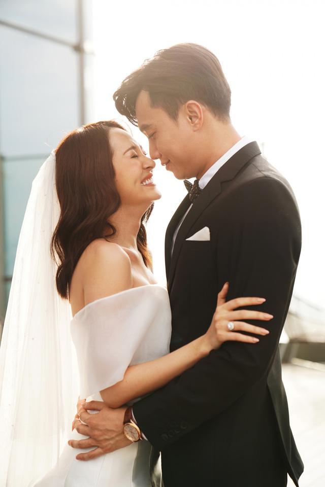 """Hé lộ ảnh cưới của Bảo Anh – Quốc Trường trong """"Bẫy ngọt ngào"""""""