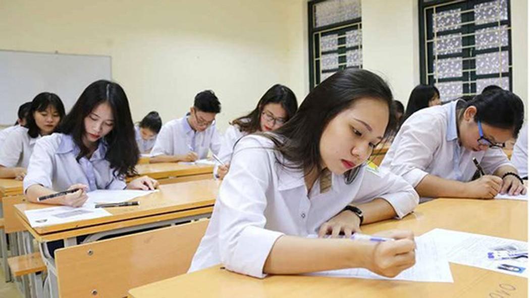 Trường hợp nào được miễn thi ngoại ngữ khi xét tốt nghiệp THPT