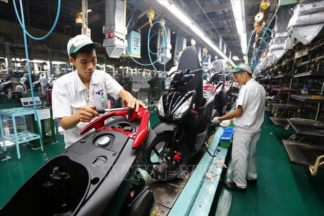 Doanh số bán xe máy tại Việt Nam giảm nhẹ