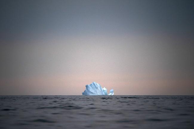Lần đầu tiên trong lịch sử xuất hiện mưa trên đỉnh thềm băng Greenland