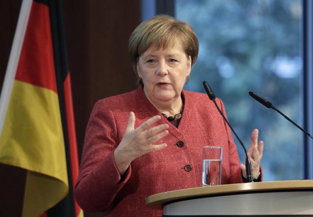 Thủ tướng Angela Merkel – biểu tượng nữ quyền của thế giới, người mẹ trong lòng người dân Đức