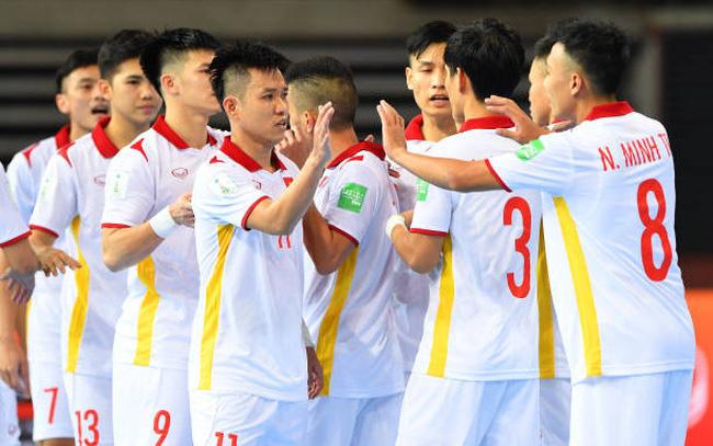 ĐT futsal Việt Nam được thưởng nóng sau trận thắng ĐT Panama