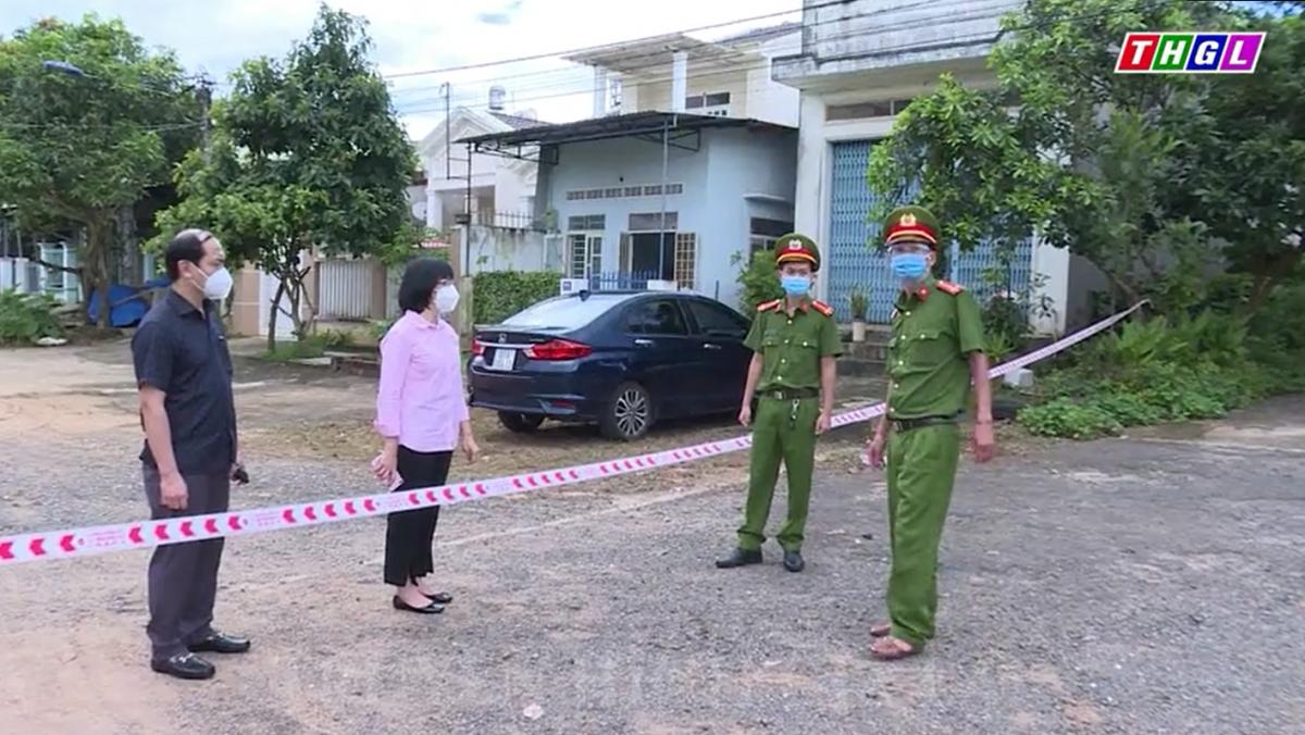 Phó Chủ tịch UBND tỉnh Nguyễn Thị Thanh Lịch kiểm tra công tác phòng, chống dịch