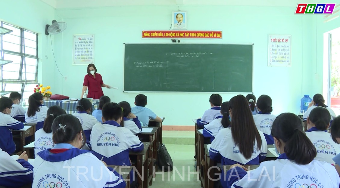 Toàn tỉnh có hơn 31.400 học sinh không còn được cấp thẻ BHYT miễn phí.