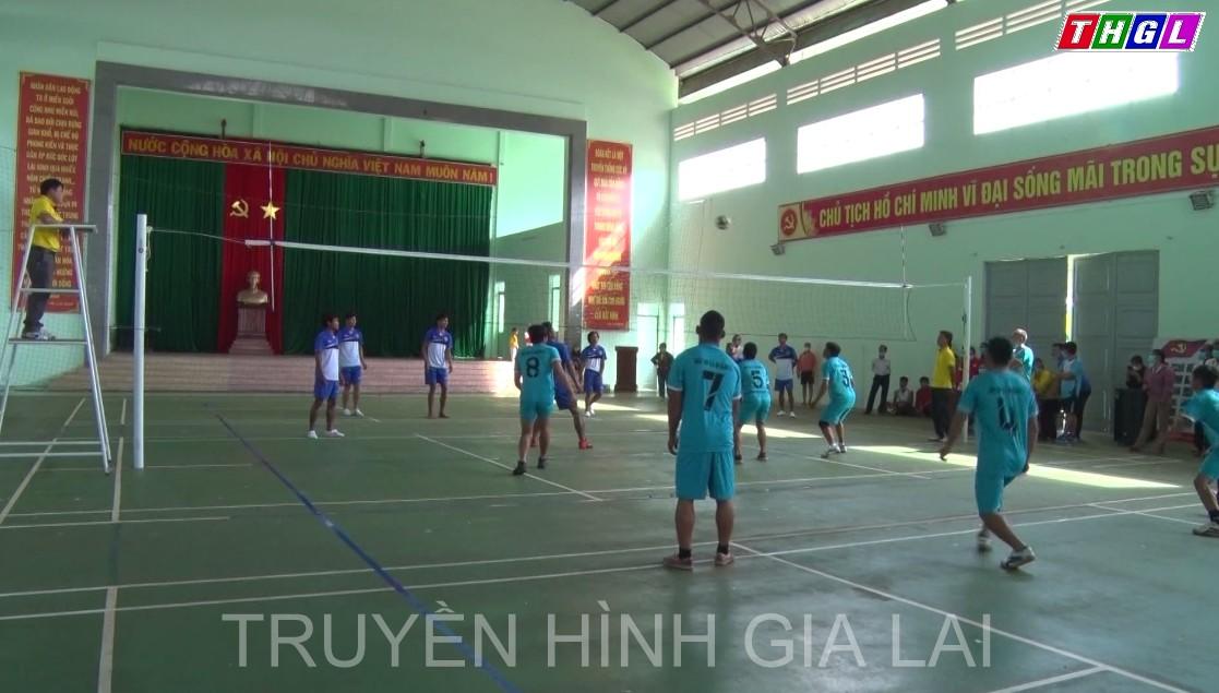 """Khai mạc Giải bóng chuyền"""" Bông lúa vàng"""" huyện Mang Yang lần thứ III, năm 2021"""