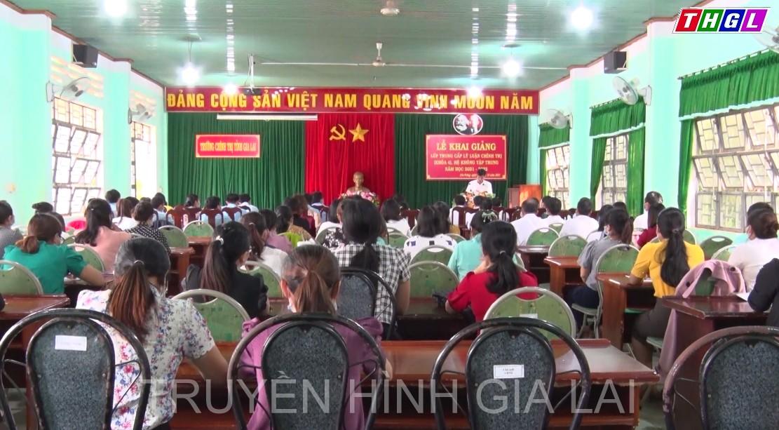 Huyện Chư Prông Khai giảng lớp Trung cấp Lý luận chính trị khóa 4